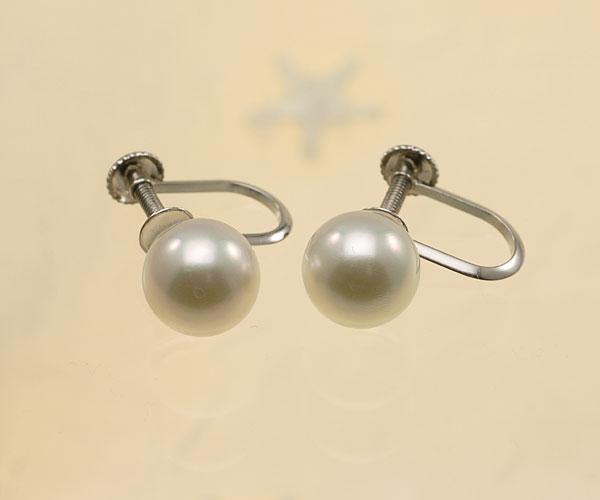 【真珠の本場 伊勢志摩よりお届け】ほのかなグリーンピンク♪7.5mmあこや本真珠イヤリング(ネジ式)【eg0068】