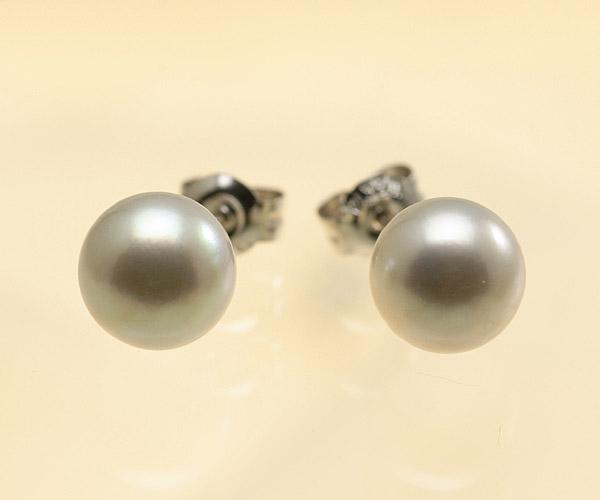 【真珠の本場 伊勢志摩よりお届け】淡いシルバーグレー♪7.0mmあこや本真珠ピアス【pi0047】