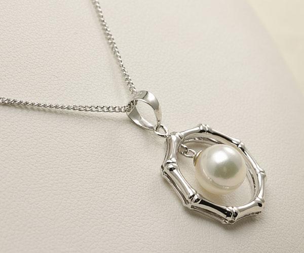 【真珠の本場 伊勢志摩よりお届け】ほのかに淡いグリーン<br>8.0mmあこや本真珠ペンダントトップ【pt0014】