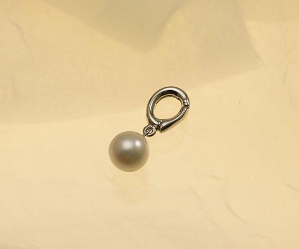 【真珠の本場 伊勢志摩よりお届け】ほんのり淡い上品カラー♪7.5mmあこや本真珠クリッカー【cl0002】