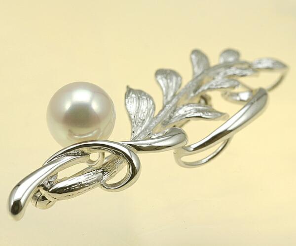 【真珠の本場 伊勢志摩よりお届け】 あこや本真珠リーフモチーフブローチ