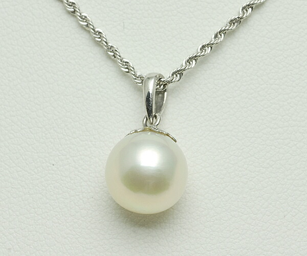 【真珠の本場 伊勢志摩よりお届け】ほんのり淡いピンクグリーン!大粒真珠の輝き♪<br>9.9mmあこや本真珠ペンダントトップ【n0649】