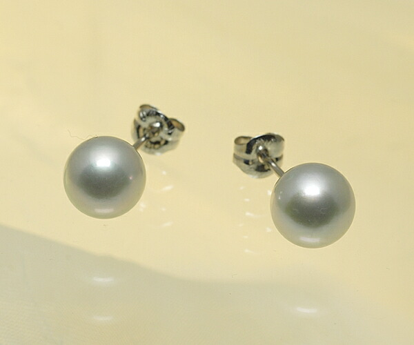 【真珠の本場 伊勢志摩よりお届け】ほのかに淡くグリーンがさす♪7.5mmあこや本真珠ピアス【n1070】