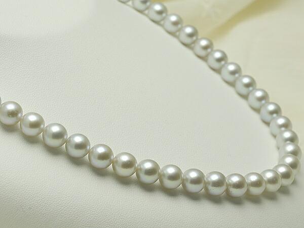 【真珠の本場 伊勢志摩よりお届け】淡いグレーの優しい色目♪8.0〜8.5mm あこや本真珠シルバーグレーネックレス