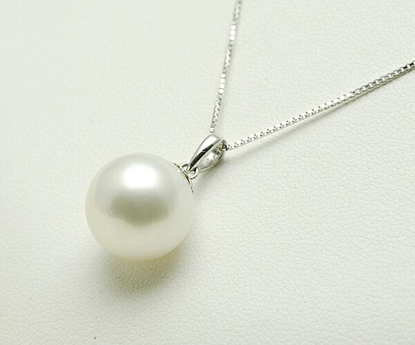 【真珠の本場 伊勢志摩よりお届け】落ち着きのある上品なホワイトが魅力♪<br>12.7mm白蝶真珠ペンダントトップ【n1161】