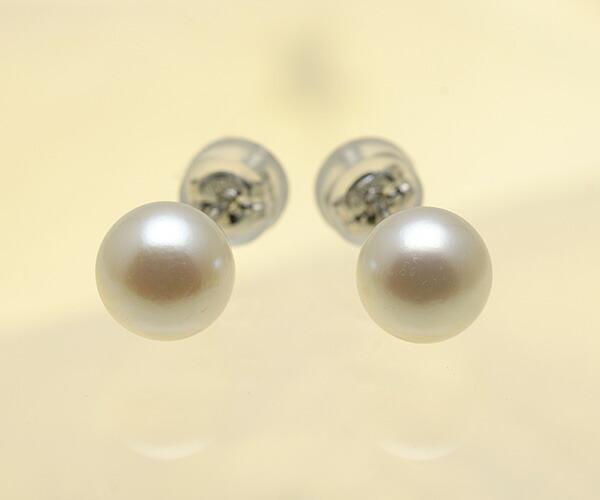 【真珠の本場 伊勢志摩よりお届け】クリームホワイトに淡いピンク♪7.0mmあこや本真珠ピアス【n1625】