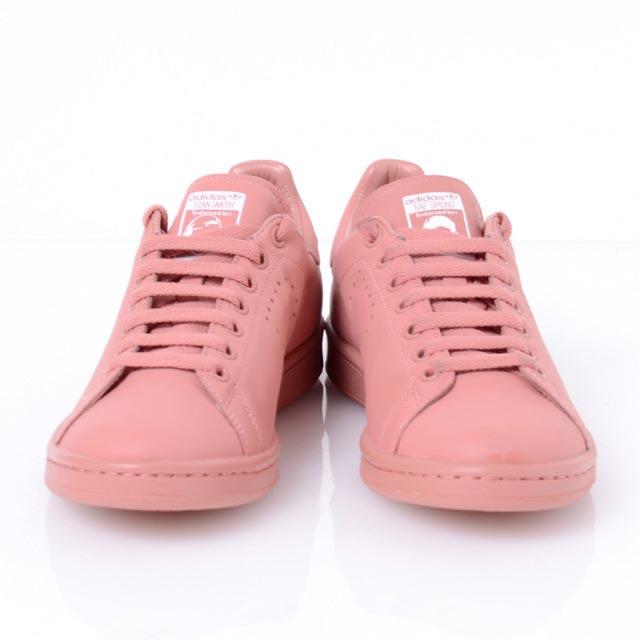 スニーカー adidas レディース ピンク