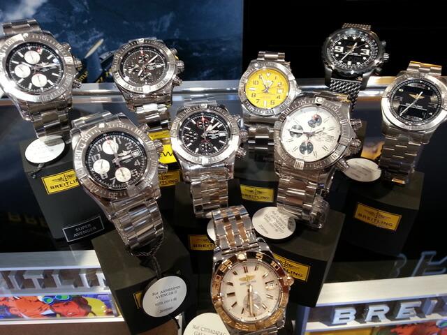 ブライトリング腕時計