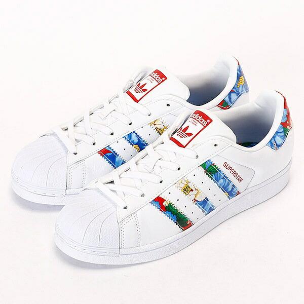 adidas花柄スニーカー