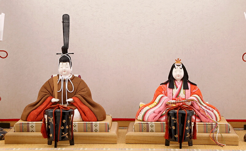 真多呂作 有職雛 黄櫨染 桐竹鳳凰紋 伝統的工芸品