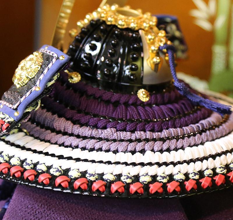 加藤峻厳作 1/4 紫匂縅之兜 貼り合せ小札 牛韋吹返 筋伏鉢