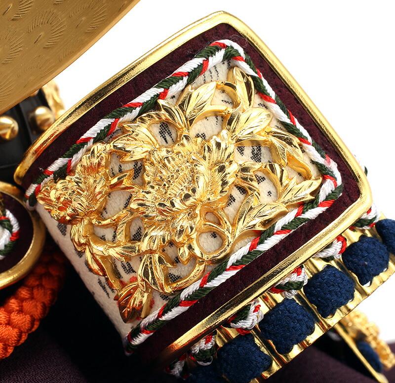 兜8号 一枚物 朱赤 正絹縅 真鍮伊達 本金箔押 白檀塗 本金鍍金