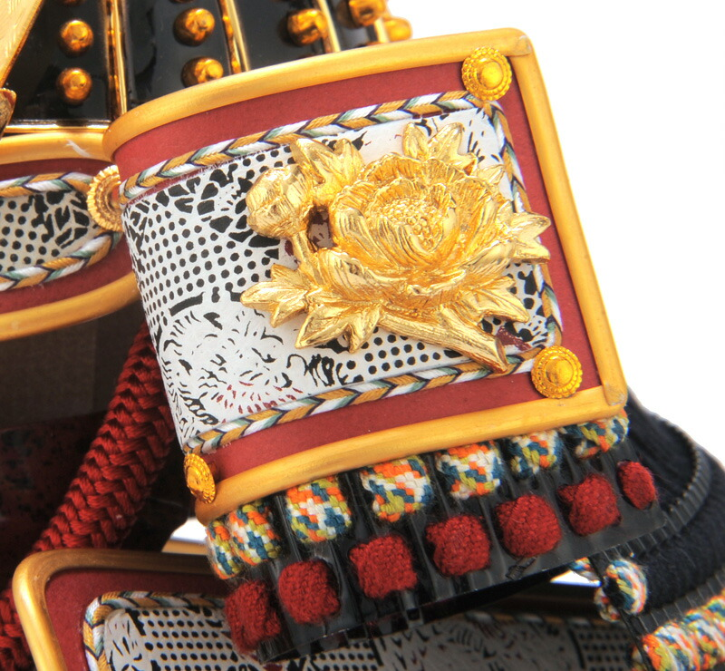 雄山作 大鎧 俊 7号 極細黒小札 正絹裾濃縅 純金鍍金金物