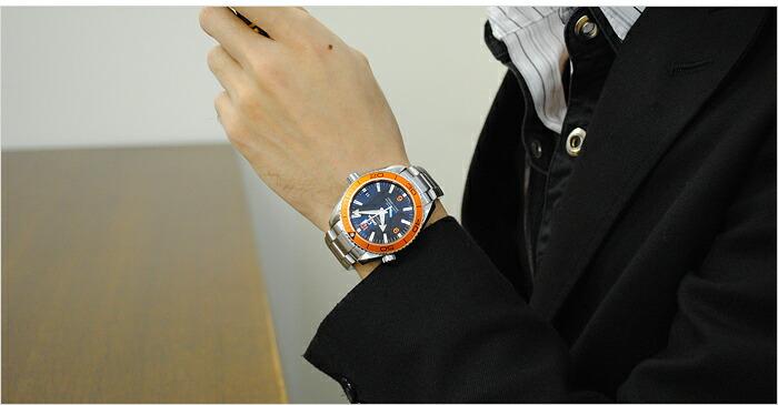オメガ シーマスター プラネットオーシャン ダイバーズウォッチ 232.30.42.21.01.002 メンズ