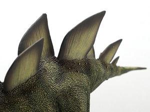 恐竜フィギュア デスクトップモデル ステゴサウルス 骨板部分