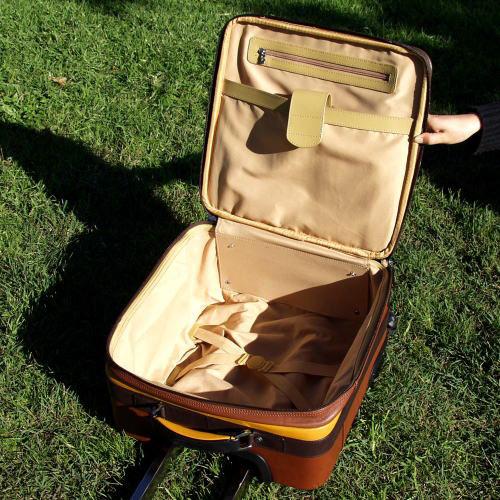 ペニッシュミント ワールドワンEX キャリーケースバッグAM-14011