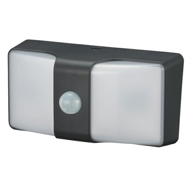 【送料無料】LEDセンサーウォールライト 電池式 ブラック monban OHM 06-4211 LS-BH22J4-K LED ナイトライト 防犯 セキュリティ