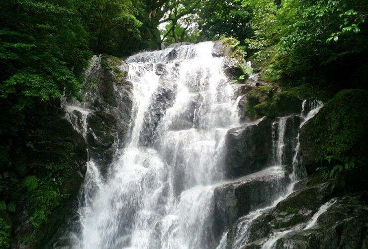 滝がある観光地