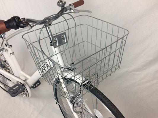 自転車なフレームが人気 sora ソラ シティサイクル ホワイト 白色 通勤 通学に最適なママチャリ 27インチ シティ車 外装6段ギア 自転車 オートライト デザインVフレーム自転車なママチャリ 激安 格安