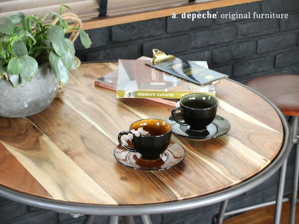 インノーチェ カフェテーブル