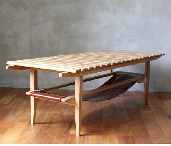 ソロスラットコーヒーテーブル 斜め横からの写真