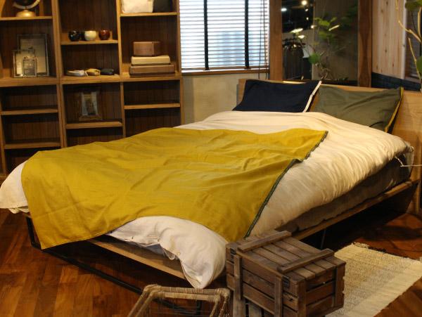 同じnosqueシリーズのベッドウェアと組み合わせて