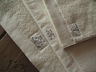 PACIFIC FURNITURE SERVICE/ORGANIC-COTTON TOWEL