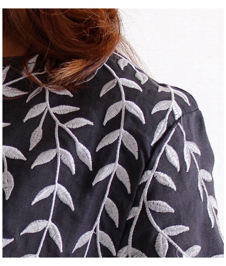 モノトーンのリーフ刺繍スキッパーリネンシャツ【6月29日8時販売新作】