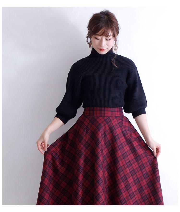 チェック模様のフレアロングスカート【10月26日8時販売新作】