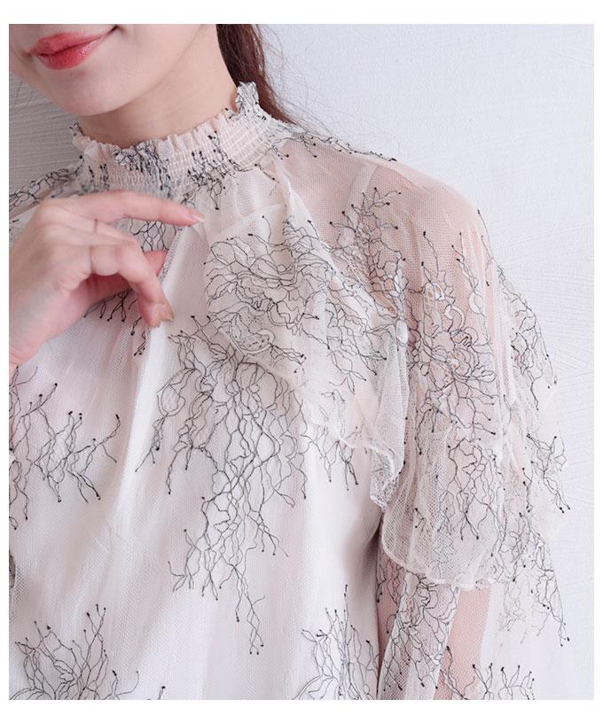 チュールが透き通る繊細な花モチーフなブラウス【10月28日8時販売新作】