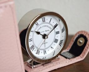 イギリス 【10P01Oct16】 プレゼント 目覚し 置時計 アラーム ギフト 小型 直輸入 英国 引き出物 (RLC-BFRL) おしゃれ ロジャーラッセル 内祝い トラベル RL 置き時計 トラベルクロックBF/ 贈答品 送料無料