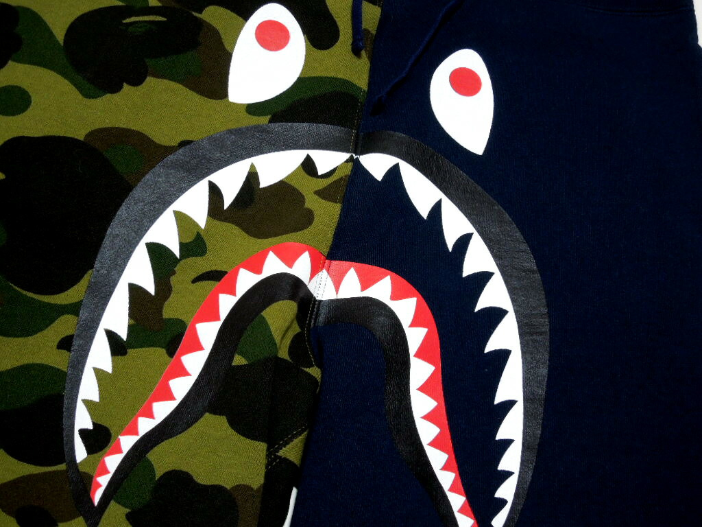 A BATHING APE 1 ST CAMO SHARK SWEAT SHORTS Shark BAPE Bape