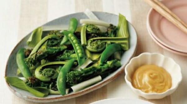 春野菜のごまマヨネーズ