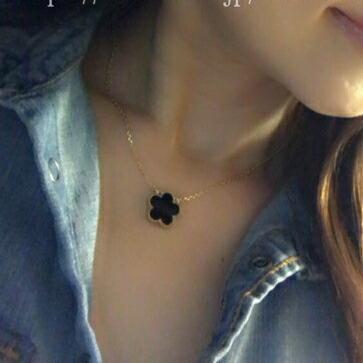 かす姫皐花ネックレス黒