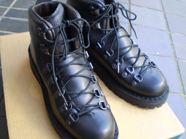d885beba0e8 I have a cute all authorized black to the best boots with a DANNER (Danner)  WOMEN'S MOUNTAIN LIGHT BLACK (women mountain light black) U.S. backpacker  ...