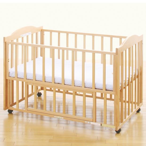 ハート&ハート マット付 中型添い寝ベッド (さく)