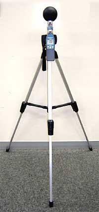 熱中症計の三脚使用例