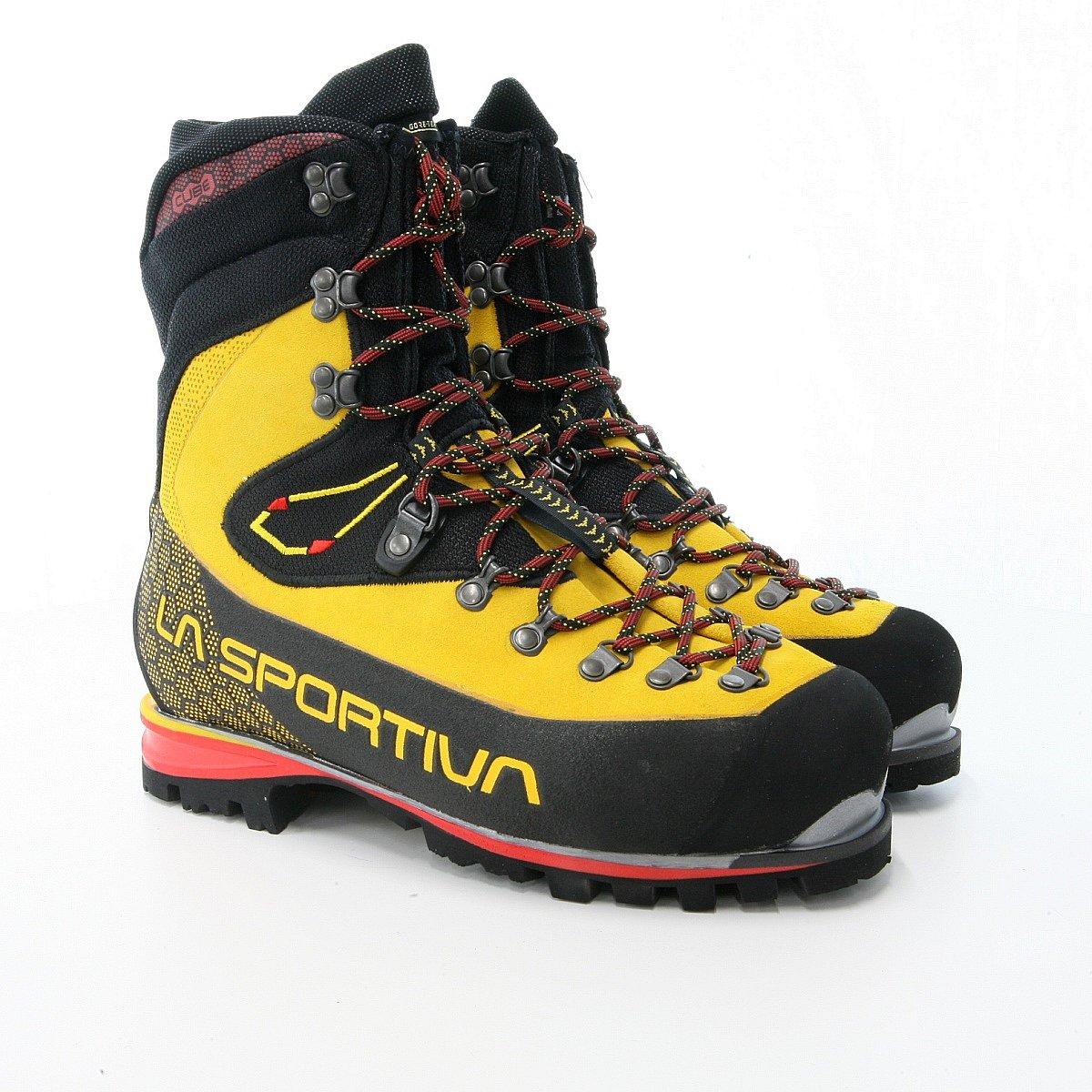靴 スポルティバ 登山