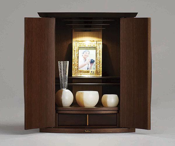 八木研の現代仏壇 カンナ ダーク
