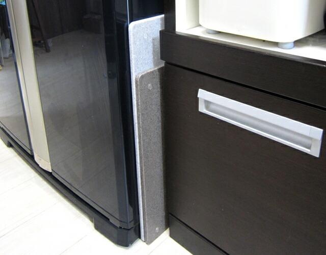 冷蔵庫の横使った後のめん台の画像