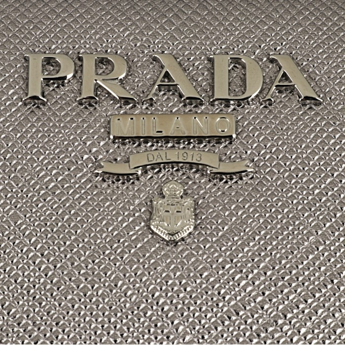 871cdcc299c4 楽天市場】プラダ PRADA 長財布 レディース サフィアーノ シルバー ...