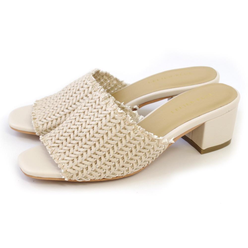 AmiAmiのシューズ・靴/サンダル|ベージュ