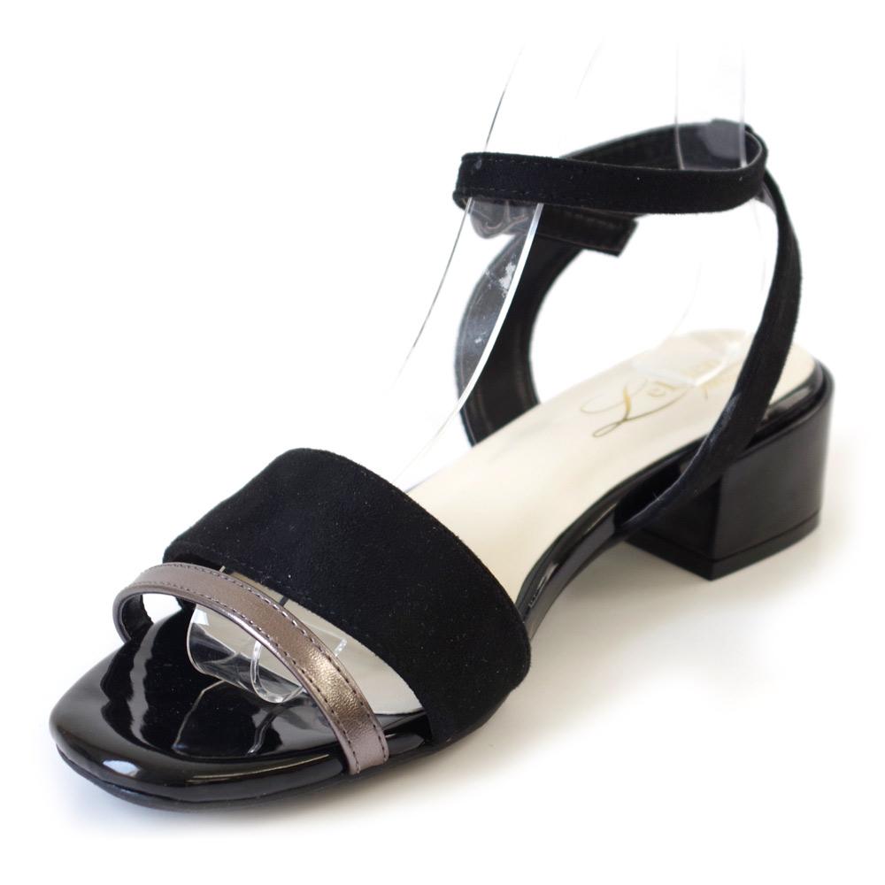 AmiAmiのシューズ・靴/サンダル|ブラックコンビ