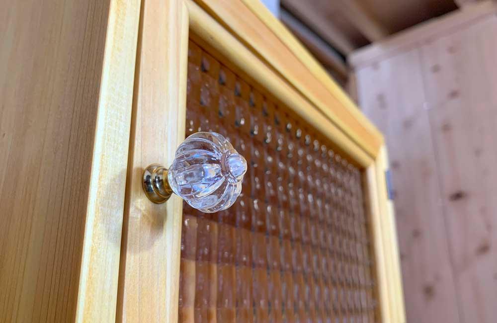ブレッドケース チェッカーガラス ナチュラル 30x23x21cm パンプキンノブ 横型 木製 ひのき ハンドメイド 受注製作