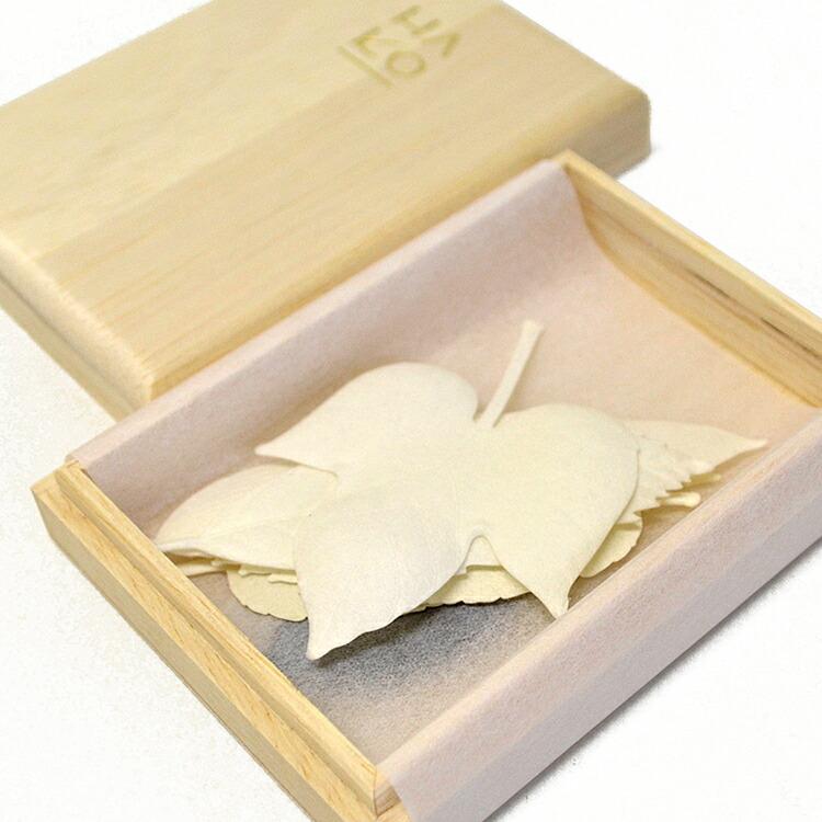 【紙のお香】【HA KO】PAPER INCENSE[HA KO Summer] 5枚入り・桐箱入り #1947【夏のハコウ】【はっぱのお香】【HAKO】【はこ】【ハコ】【お香】【文香】【名刺香】【和紙】【カード】【ディフューザー】【薫寿堂】【HAKO】【葉】【香】【made in Japan】