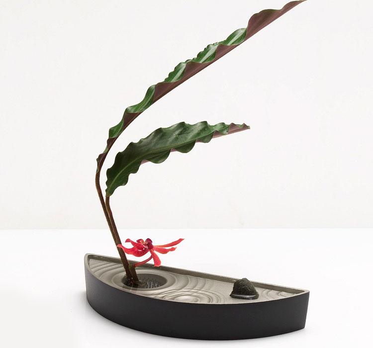 水盤 花器 アレンジメント お花 生け花 フラワーベース 花瓶 和風 金属 軽量 丸洗い 贈り物 植物 グリーン インテリア