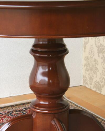 イタリア製の丸型ダイニングテーブル(無地/直径100cm)