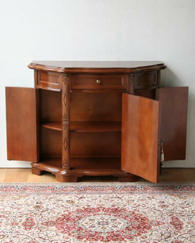 象嵌が美しいクラシック家具、3ドアのサイドボード
