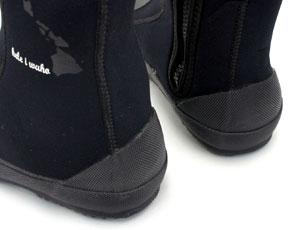 【ダイビングブーツ】ハードに使うダイビングブーツだから耐久性のことも考えました