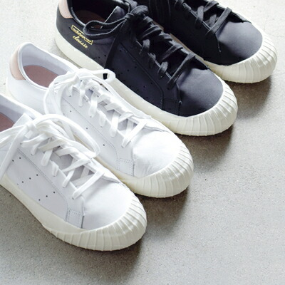 "adidas Originals(アディダス オリジナルス) スリーストライプパンチングバルカナイズドソールスニーカー""EVERYN W"" evrn-w"
